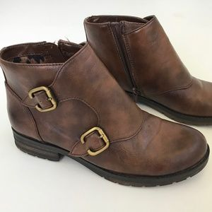 Naturalizer Breena Women Round Toe Synthetic boot